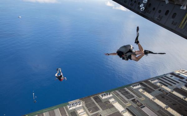 Pararescue water jump